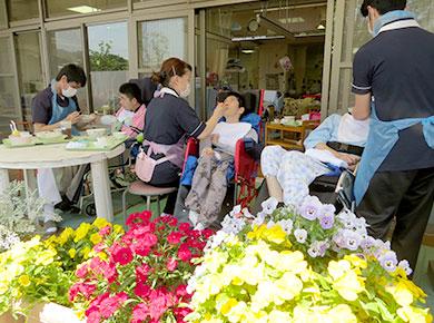 お花見の会の写真3