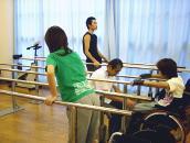 立位歩行練習の写真