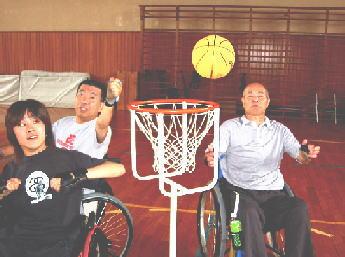 車椅子バスケットボールの写真